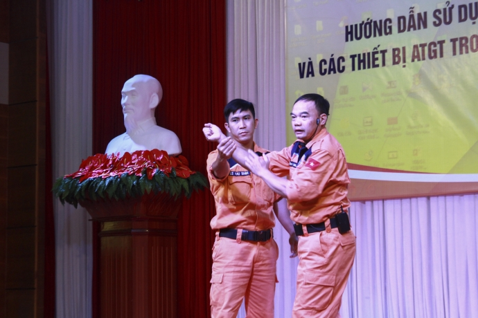 anh 11